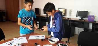 Moving a robot around with LEGO Mindstorms