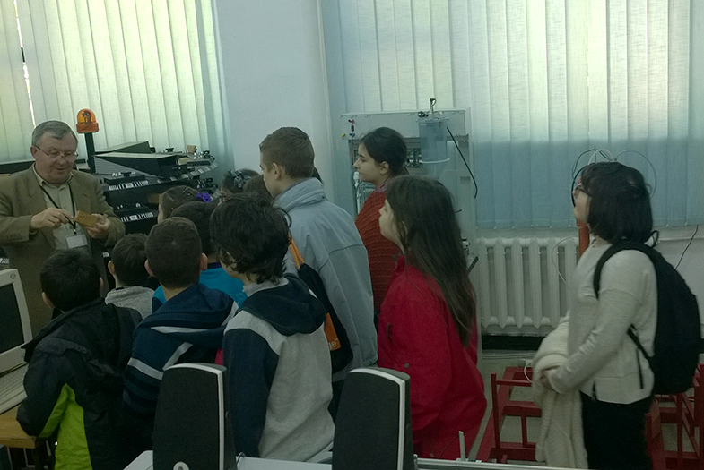 kids-coding1
