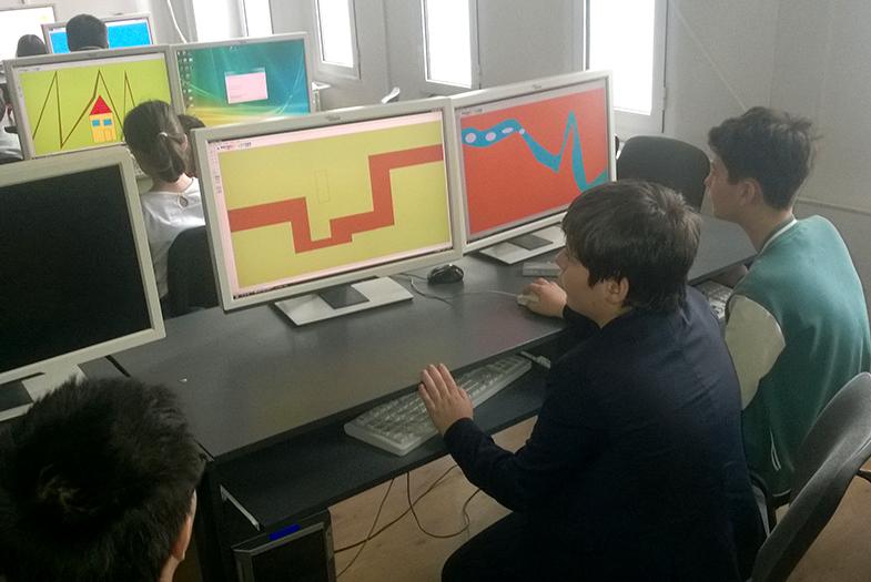 kids-coding2
