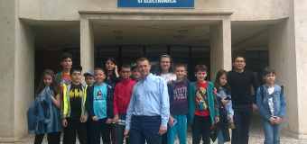 The University of Craiova team provides kids coding and technology in the Scoala Altfel week